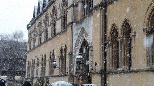 Oxford sous la neige hier après-midi.